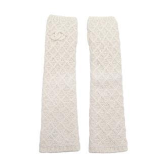 Chanel Ivory Lurex Woven Cashmere Blend Knitted Fingerless Mittens