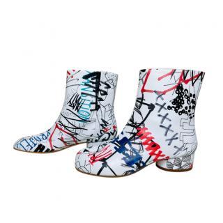 Maison Margiela Graffiti Print Low Heel Tabi Boots