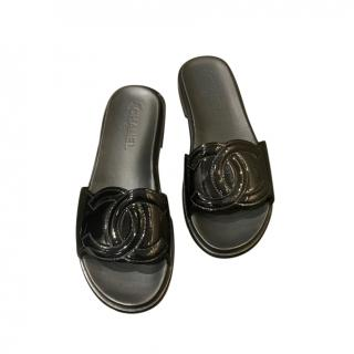Chanel Black Patent CC Slides