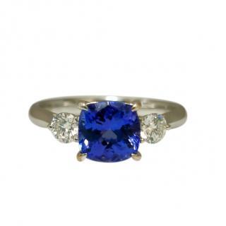 Bespoke 18ct White Gold Diamond & Tanzanite Ring
