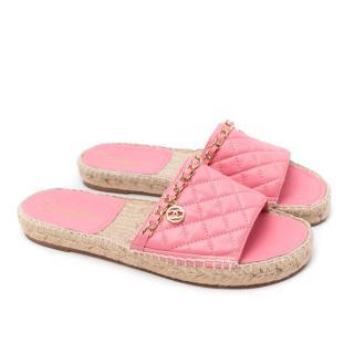 Chanel Pink Lambskin Diamond Quilted Chain Detail Espadrille Sandals
