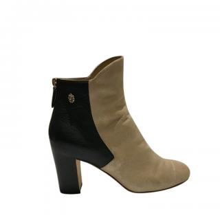 Chanel Bi-Colour Pull On Leather Boots