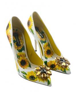 Dolce & gabbana Crystal Embellished Sunflower Pumps