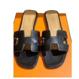 Hermes Black Box Calfskin Oran Sandals