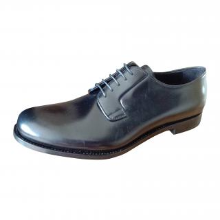 Prada Mens Lace up calf leather shoes  new