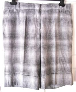 Marc Cain wool tweed shorts UK12 - EU 40 - US 8