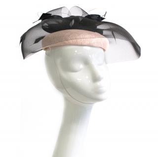Peter Bettley cream and black net fascinator