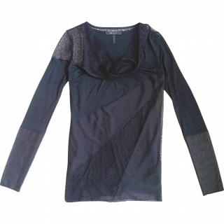 NEW Max Azria lace top