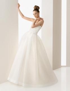 Rosa Clara Wedding Dress - Brand New -Never worn still with tags