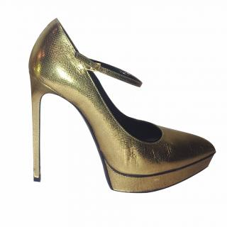 Saint Laurent Golden Pumps