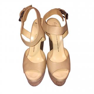 Guiseppe Zanotti Cream Leather Wedges