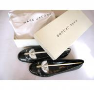 marc-jacobs-leather-flats