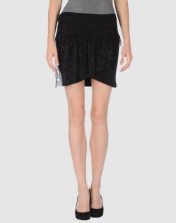 American Retro Daisy Black Skirt