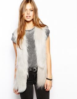 Unreal Fur Ivory 'Yeti Gilet'