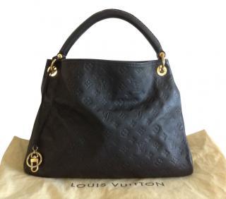 Louis Vuitton Artsy MM Empreinte Leather Navy Blue bag