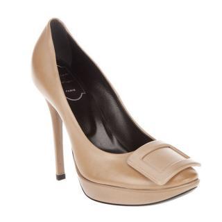 Roger Vivier high heel shoes (brand new)