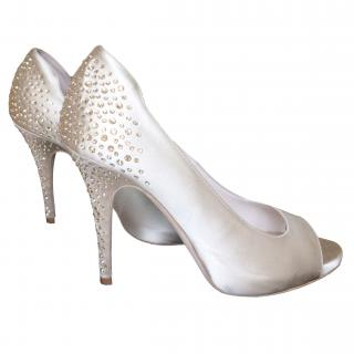 Escada beige satin and rhinestone heels