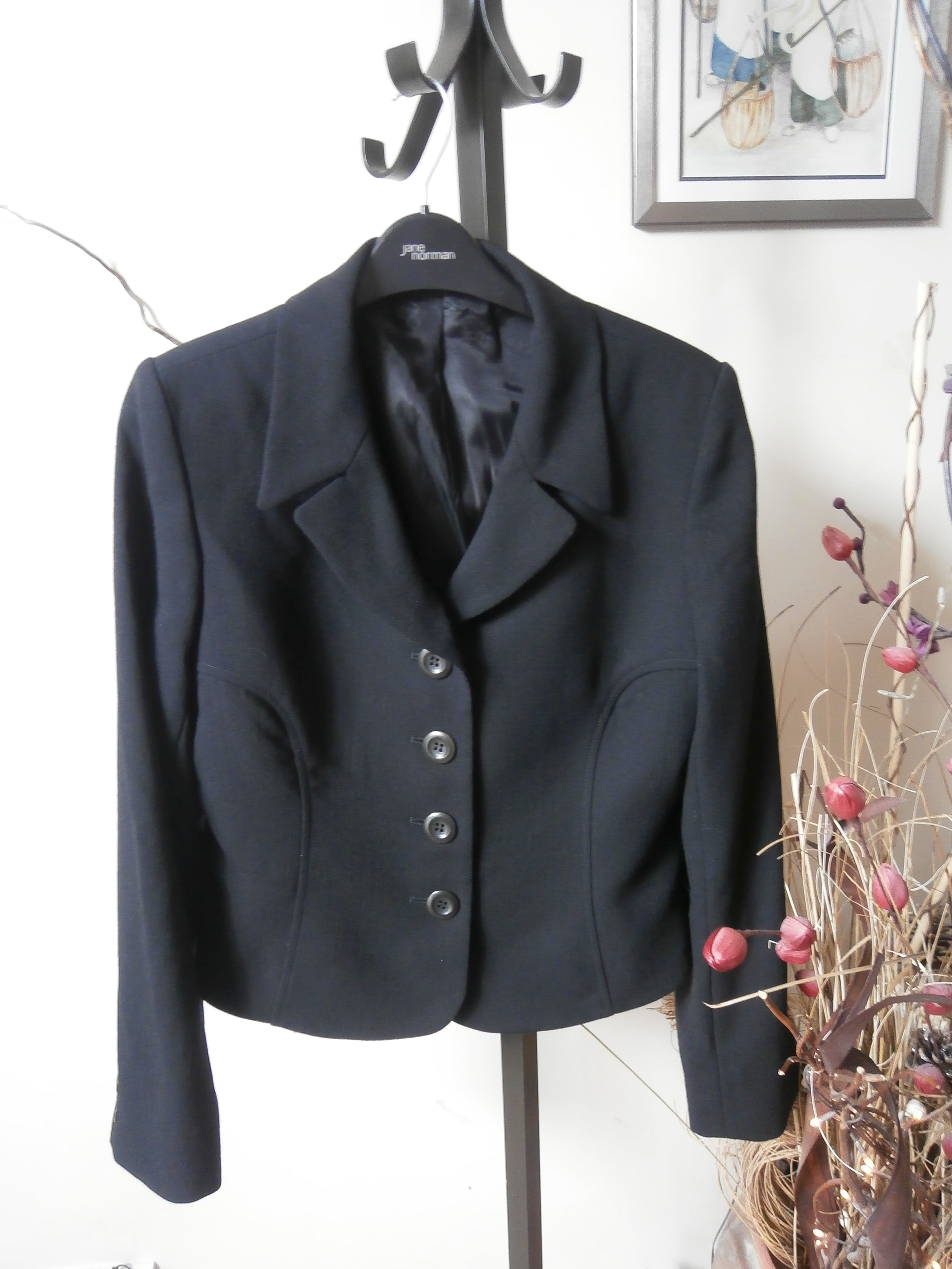 Marilyn Anselm Hobbs Short Fitted Jacket Hewi