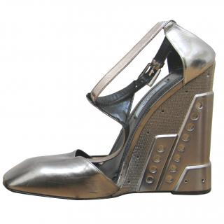 Prada, Molded T-Strap Silver Wedge. (RPP �700.00)