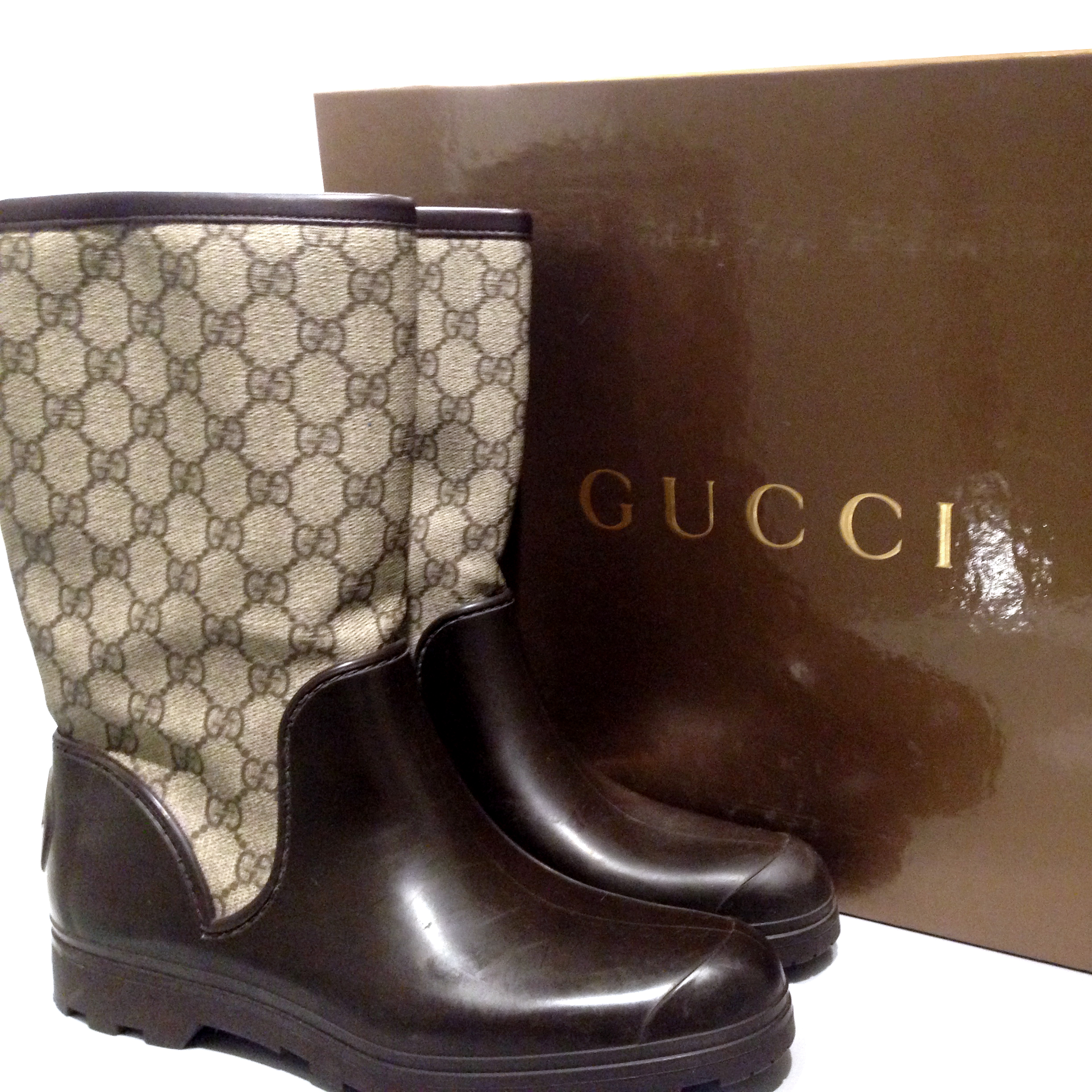 5ac34c424 Gucci Brown Gg Plus Prato Rubber Boots | HEWI London