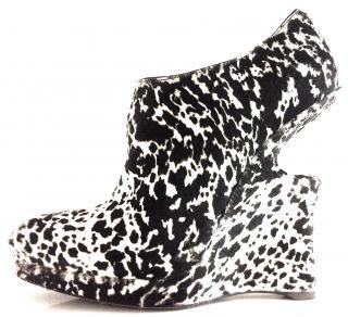 Alaia pony boots