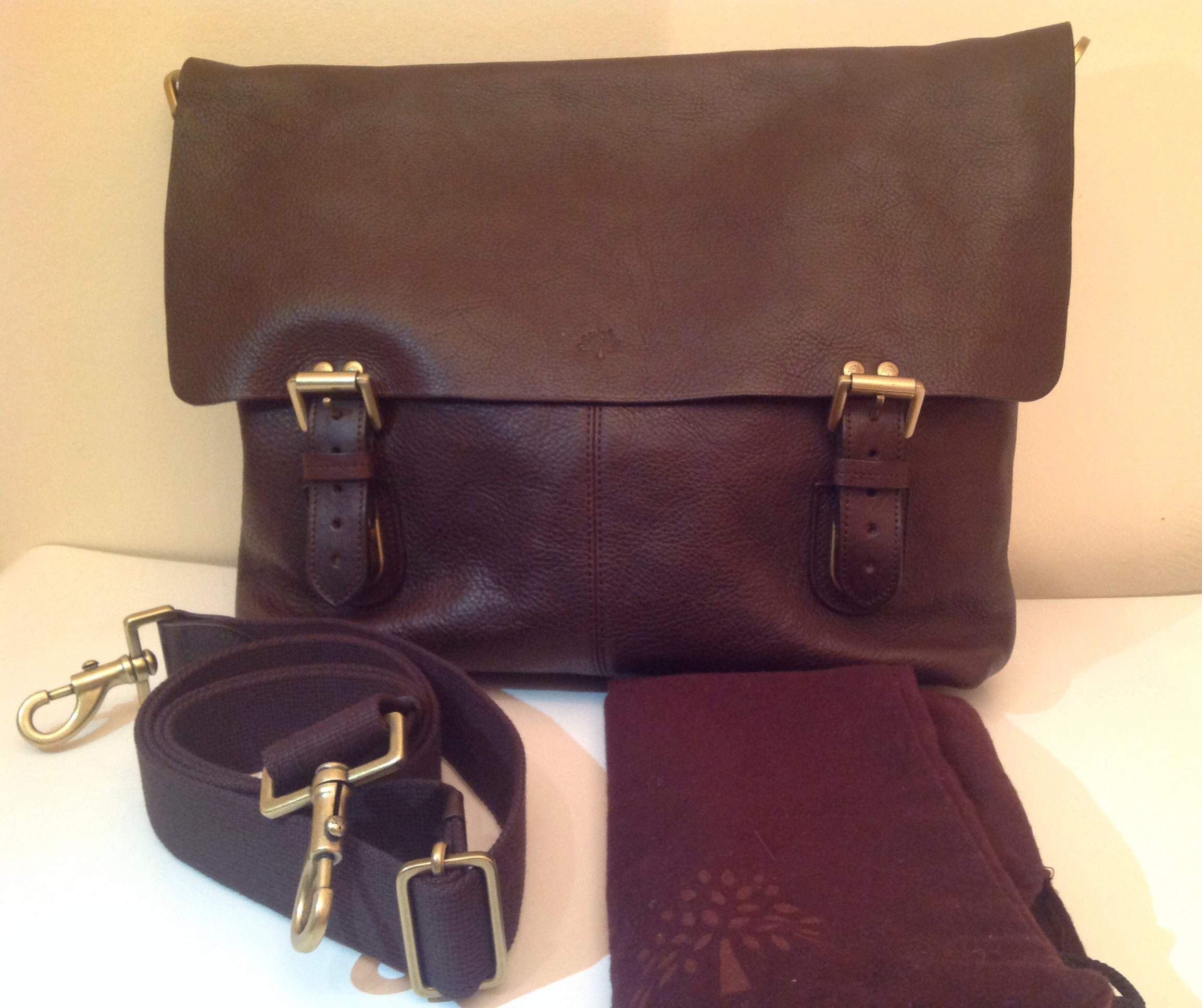 2d549aea4314 ... canada mulberry barnaby chocolate a must have bag hewi london 0df68  b268e