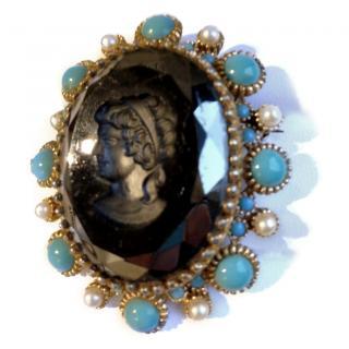 Nina Ricci Haute Couture Cameo Pin/Brooch