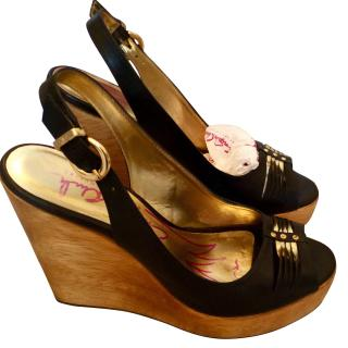 Zandra Rhodes Black / Gold Zinerva Wedge Shoes
