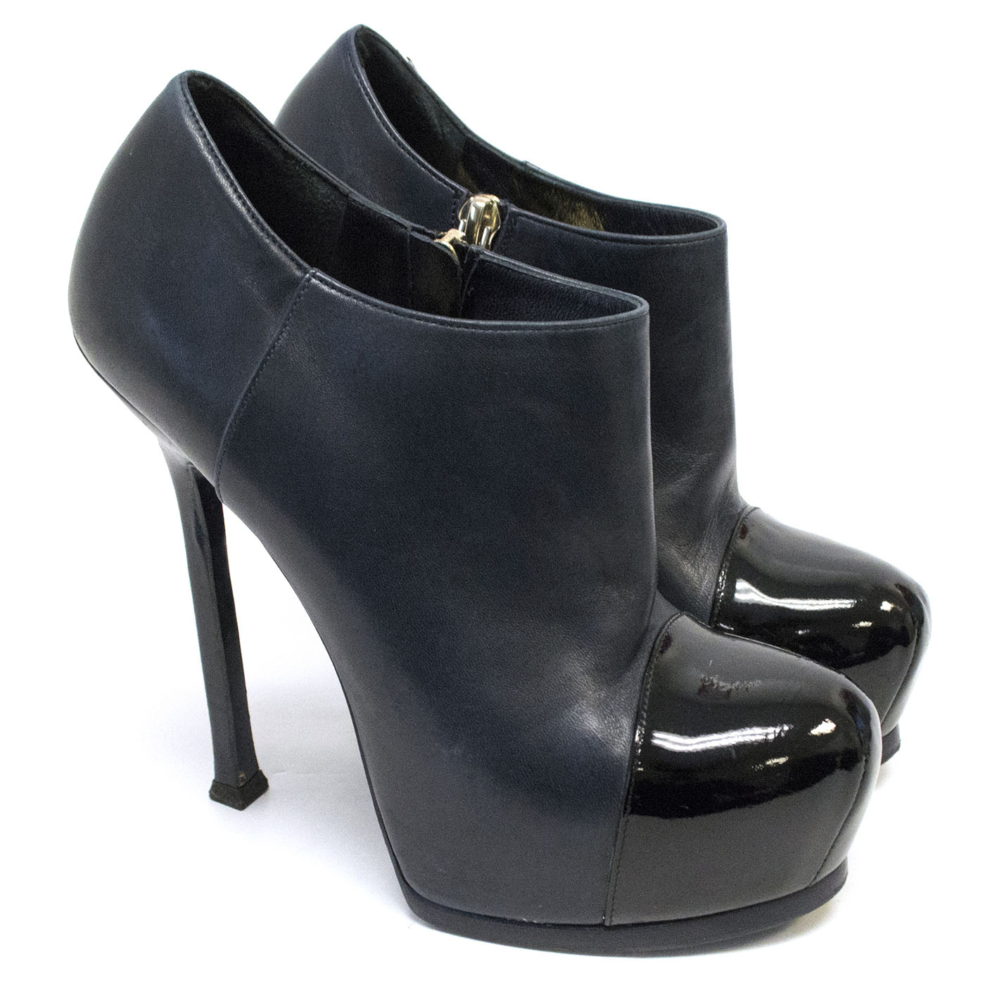 Yves Saint Laurent Tribtoo ankle bootie