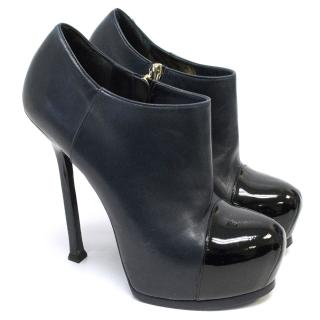 Yves Saint Laurent Tribtoo ankle bootie