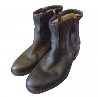 NDC Made by Hand , short boots in kudu leather, fur lined