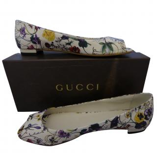 Gucci Floral Leather Peep Toe Flat shoes