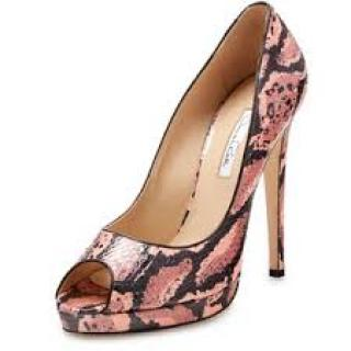 Oscar de la Renta Snake Skin Shoes
