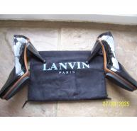LANVIN SHINY BLACK PATENT LEATHER COURT SHOE