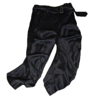 Alexander McQueen silk cropped trousers