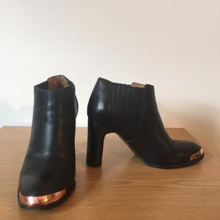 VERONIQUE BRANQUINHO black leather ankle boots