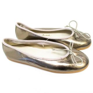 Marie Chantal girl's silver flats