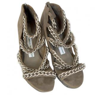 Camilla Skovgaard London military green shoes silver chain