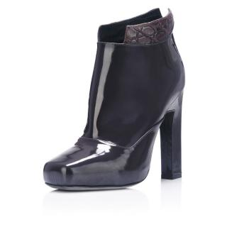 Karina IK grey patent leather booties
