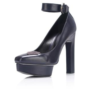 KarinaIK Anthracite platform pumps with ankle strap