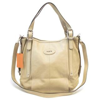 Tod's light beige bag