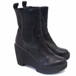 Robert Clergerie Black Wedge Ankle Boots