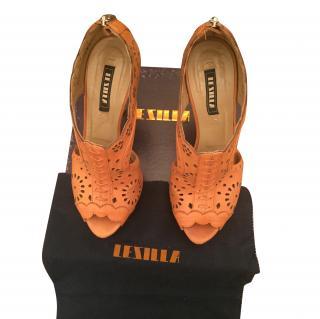 Le Silla tan sandals shoes size 39