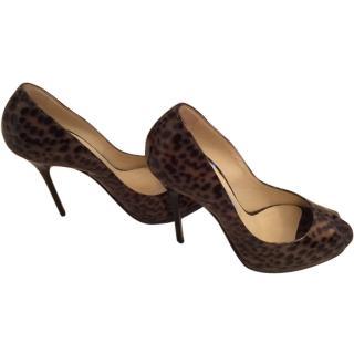 Jimmy Choo patent leather leopard print pumps