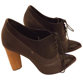 Yves Saint Laurent Ankle Boots
