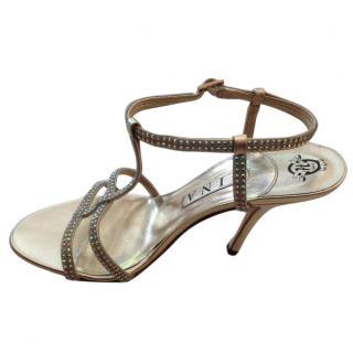 Gina sandals