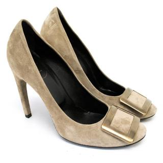 Roger Vivier Taupe Suede Heeled Pumps with Metal Buckle