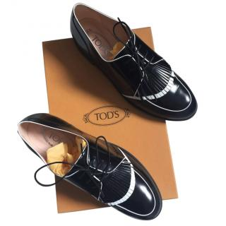 Tod's ladies brogues