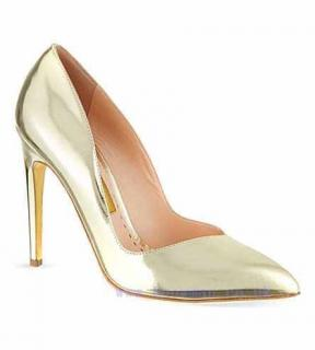 Rupert Sanderson Ives Gold Metallic Courts Size 36.5