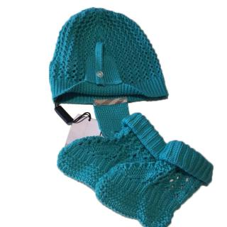 Burberry hat and socks set